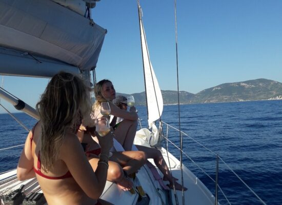 Day sailing trips from the island of Vis